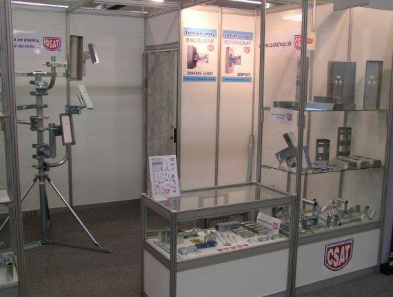 expozícia CSAT na výstave ELOSYS 2014